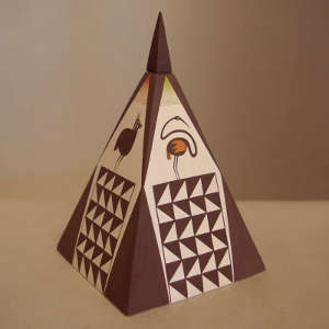 Mimbres bird and geometric designs on a lidded polychrome pyramid