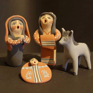 Four pieces in a nacimiento