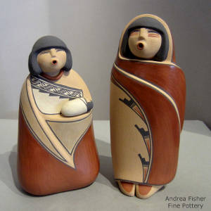 Two pieces in a nativity set