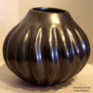 Black melon jar