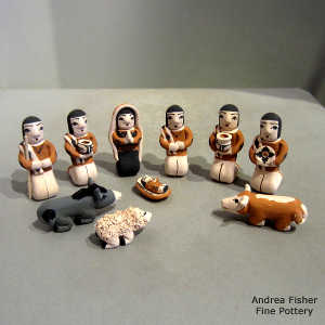 11 pieces in a nativity set