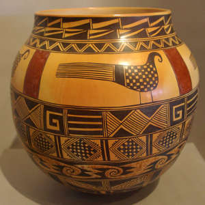 Bird and banded shard design on a polychrome jar