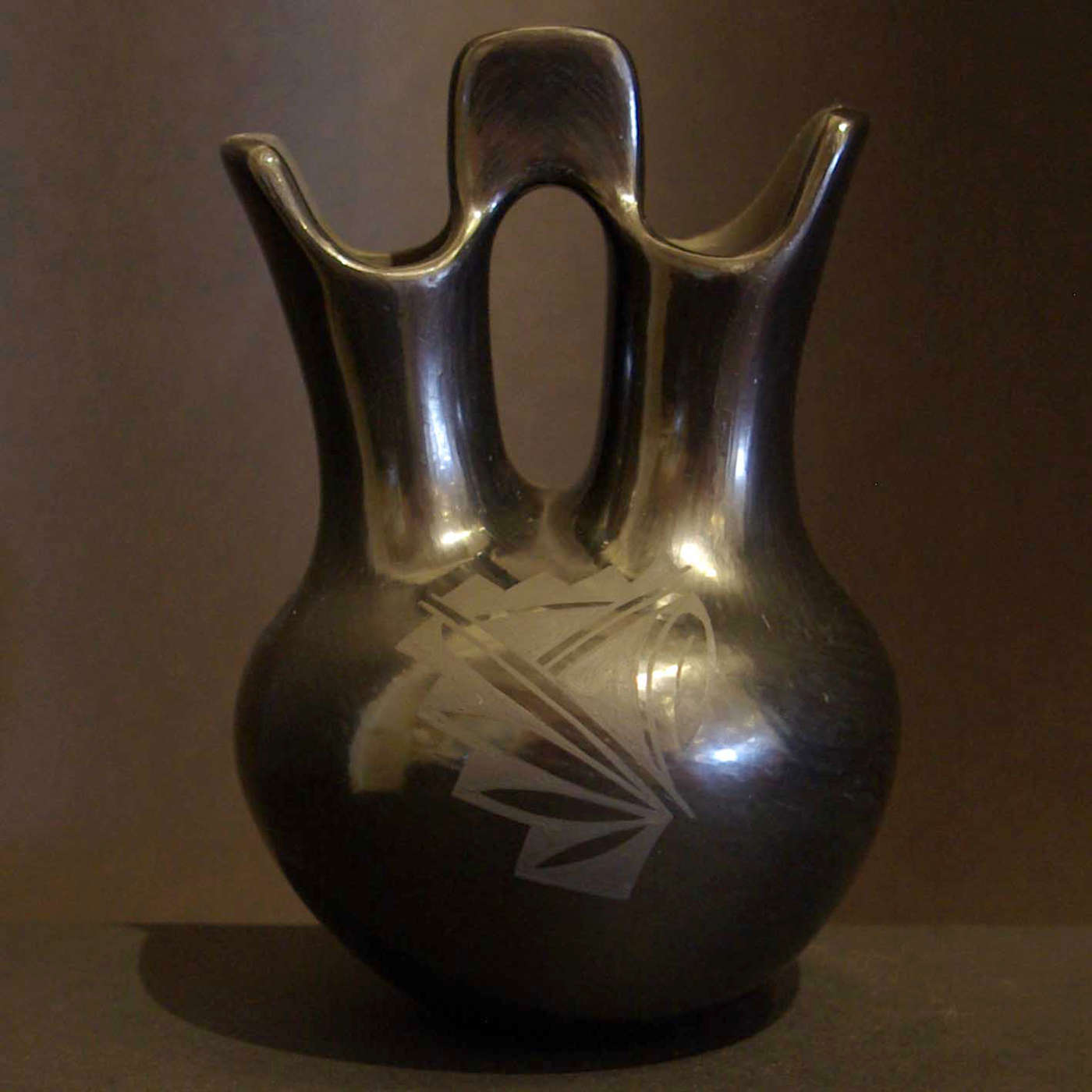 Linda askan wedding vases 1 santa clara pueblo potters geometric design on a black on black wedding vase reviewsmspy